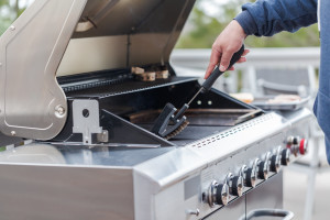 How to clean a gas grill.