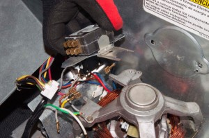 PHOTO: Remove the centrifugal switch.
