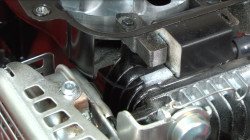 Lawn mower won't start troubleshooting video: spark plug and ignition problems video.