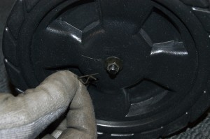 PHOTO: Reinstall the axle rod cotter pin.