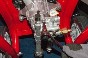 Remove the manifold screws.