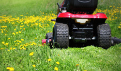 Learn about the different types of riding mower blades