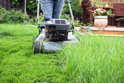 Grass buildup on a lawn mower deck can cause rust and corrosion on the deck as well as an uneven cut on the lawn.