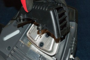 How to replace leaf blower fuel lines | Repair guide
