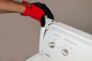 PHOTO: Remove the plastic endcaps from the control console.