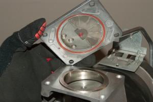 PHOTO: Remove the valve plate.