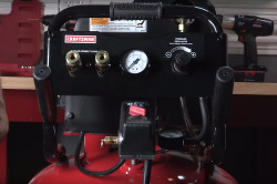 How to maintain an oil-free air compressor