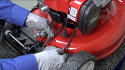 Lawn mower won't move troubleshooting video: motion drive failure