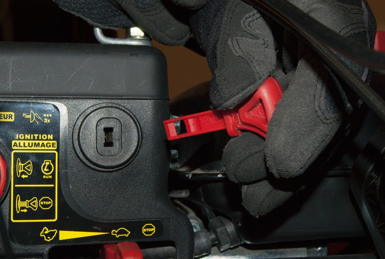 How to replace a snowblower stop switch | Repair guide