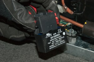PHOTO: Install the capacitor on the new start relay.
