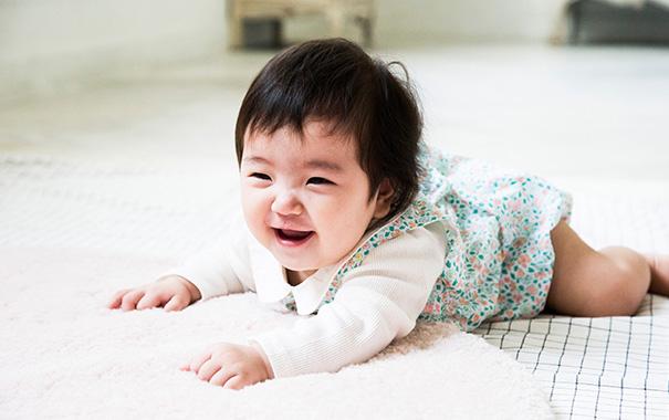 おすわり期~はいはい期の 赤ちゃんはどんな風に成長するの?