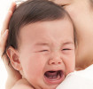 泣いている赤ちゃんをあやす方法