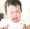 コリック(黄昏泣き)とは?原因や症状、対処法について