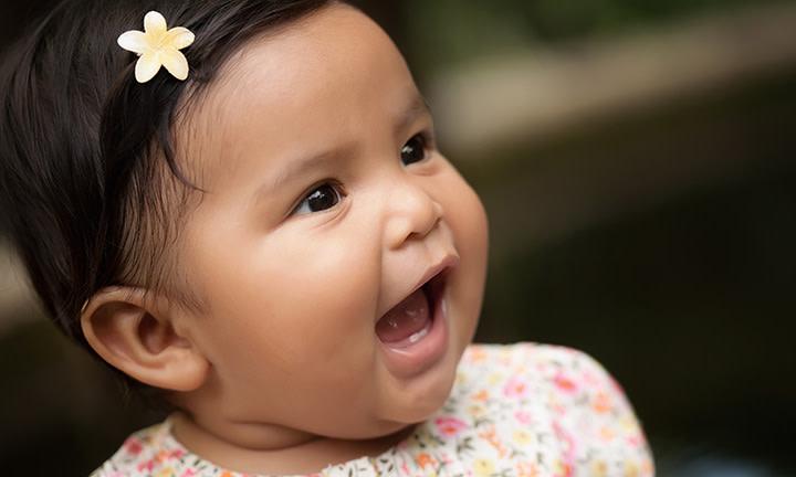赤ちゃんが話し始めるのはいつから?