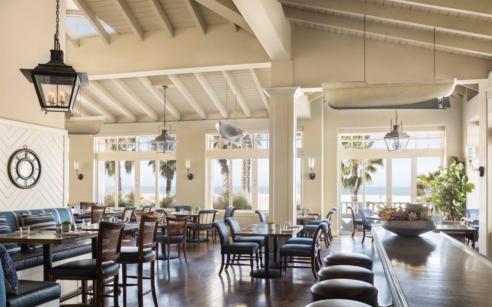 Living Room - Luxury Hotel Lounge in Santa Monica | Shutters on ...