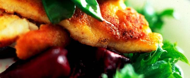 Njut av en parmesanpanerad torsk till middag