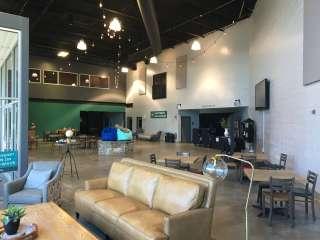 Lounge/Foyer