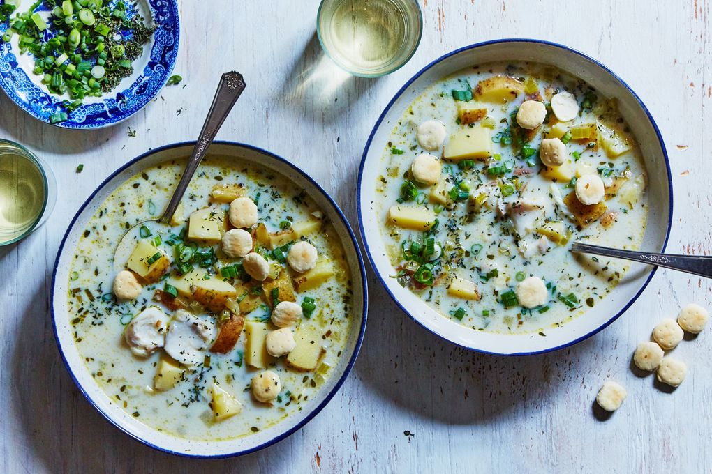 Creamy Fish & Potato Chowder with Oyster Crackers