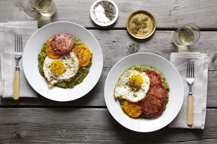 kale polenta with tomato and fried egg