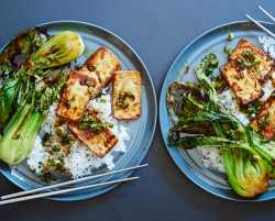tamari-glazed tofu & bok choy with sesame rice
