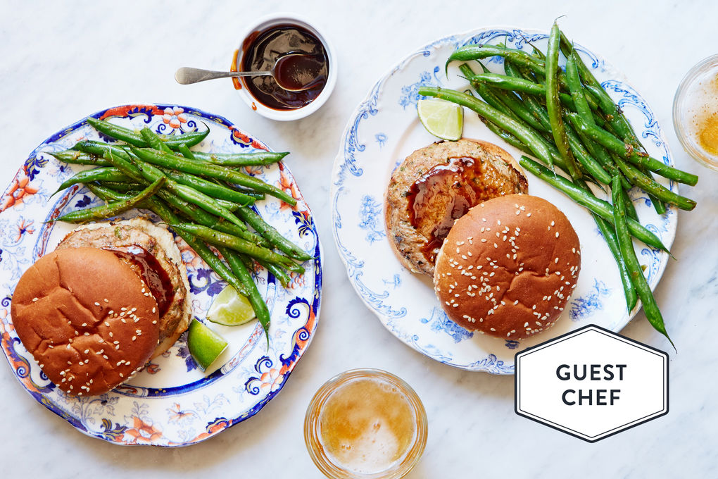 Hoisin Turkey Burgers with Ginger-Garlic Green Beans