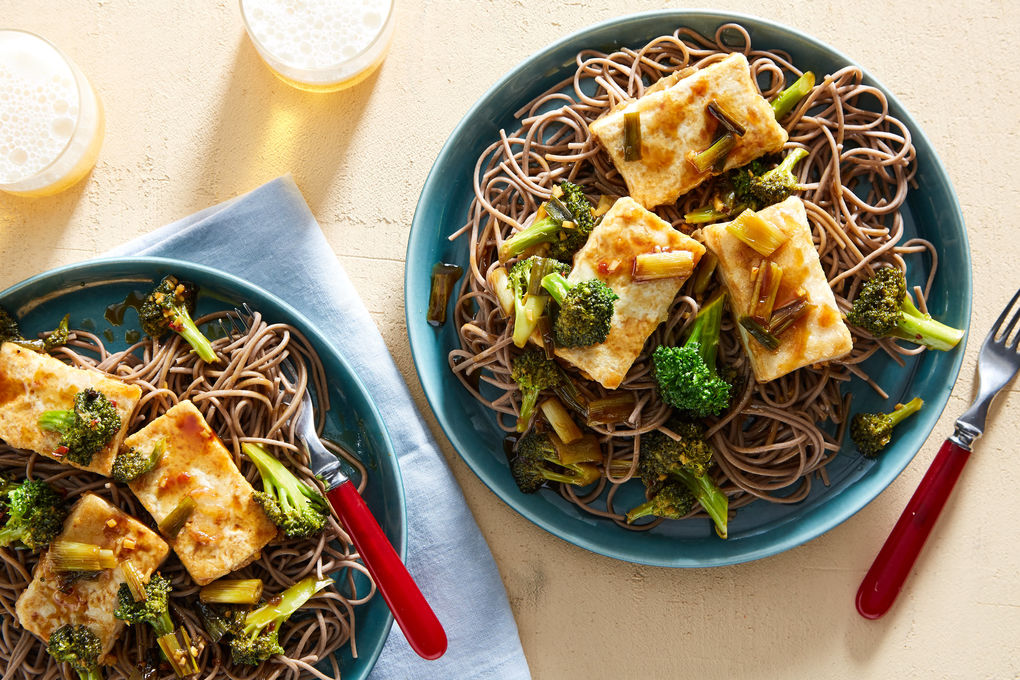 General Tso's Tofu with Broccoli and Soba Noodles