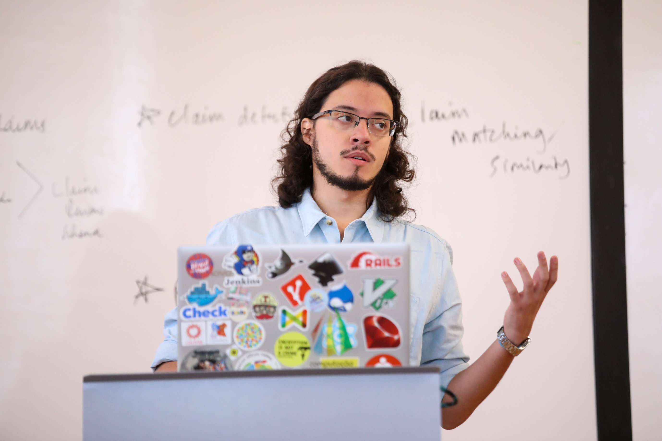 Caio Almeida presenting at Tech & Check 2019 in Duke University. Image via the DeWitt Wallace Center for Media and Democracy, and photo by Colin Huth.