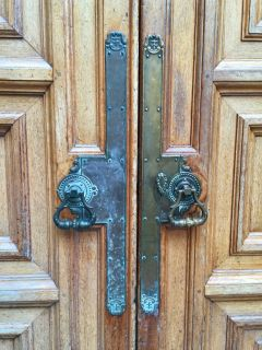 The University of Edinburgh Door Handles