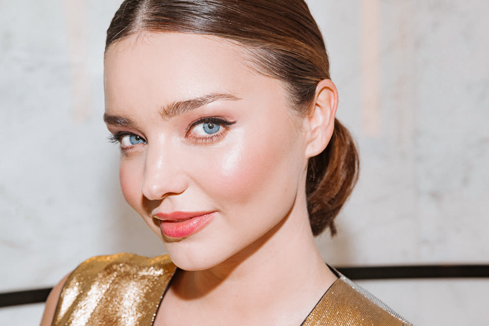 0810758c3a09 Miranda Kerr s Makeup Routine For An Evening Out