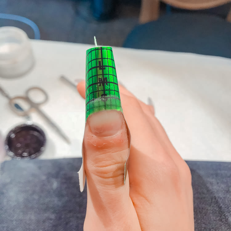 How To Stop Biting Your Nails Into The Gloss