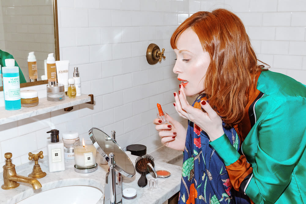 eaf36d160661 Karen Elson's Beauty Routine, In Her Own Words | Into The Gloss