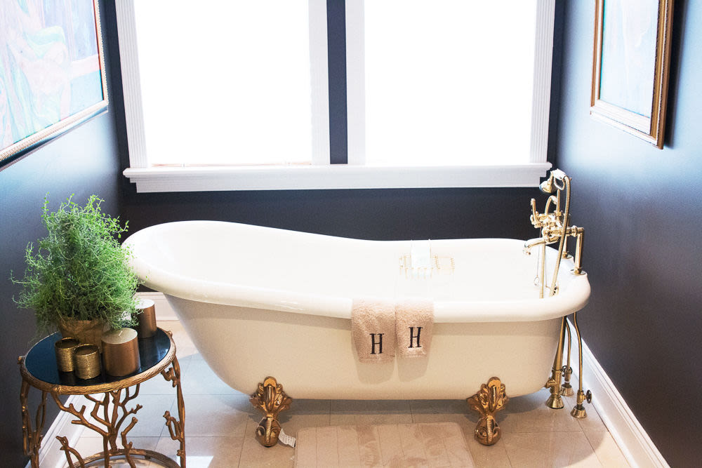 Chic Bathroom Ideas From Karlie Kloss, Liv Tyler, | Into The Gloss