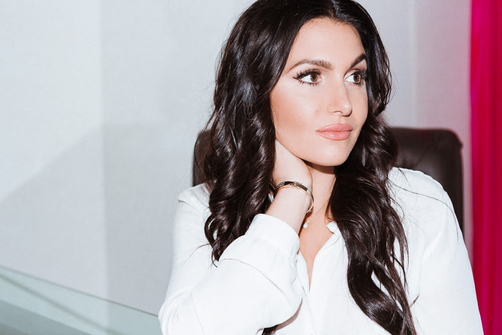 espn host molly qerim s on camera makeup routine into the gloss