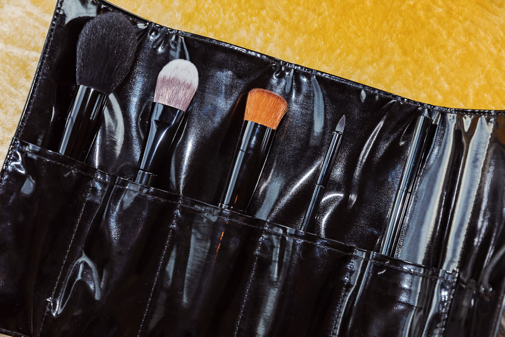 Chanel's Makeup Brush Set, Reviewed | Into The Gloss