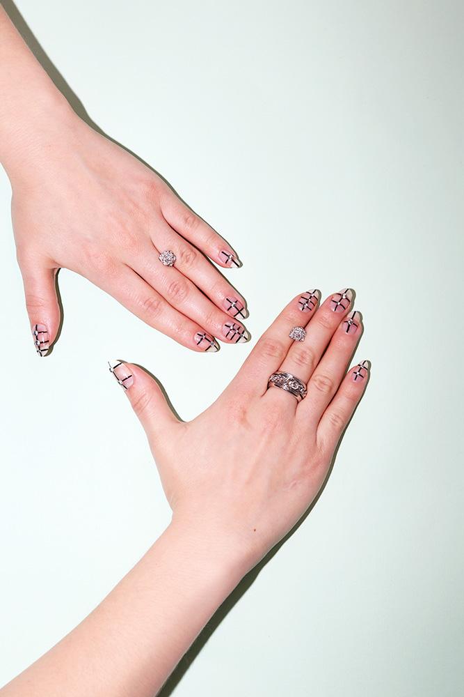 Why Adults Should Embrace Glitter Nail Polish
