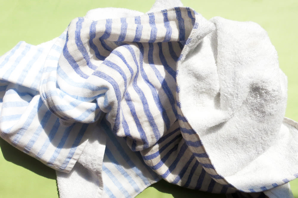 Yoshii Linen Border Towel. Striped Towels Bathroom Linen