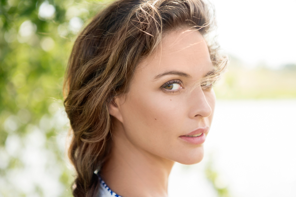 Josie maran into the gloss for Maran house