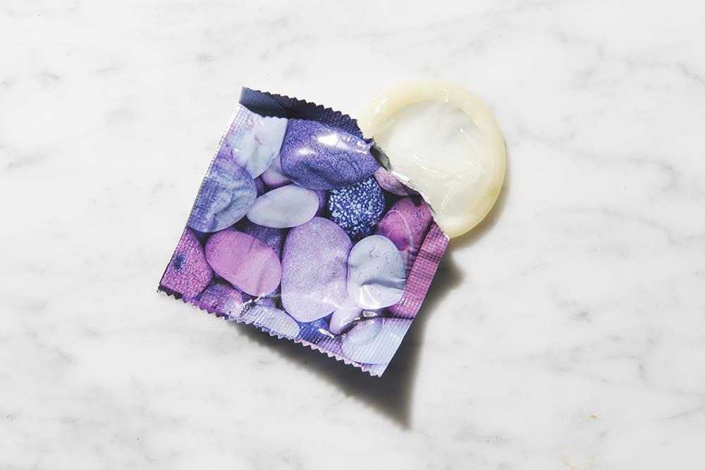 how-safe-is-sex-with-a-condom-lindsey-lohan-xxx-photos