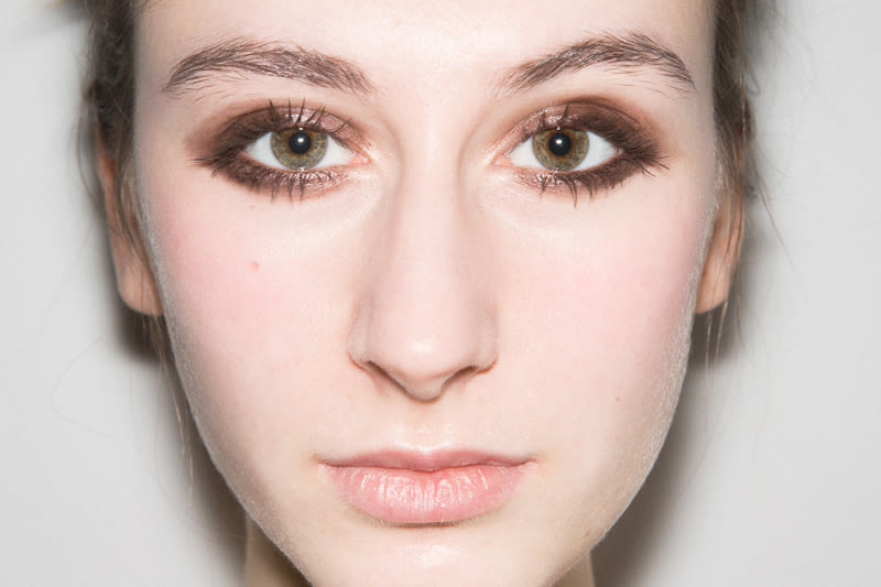 The Best Makeup Looks For Green Eyes With Artist | Into The Gloss