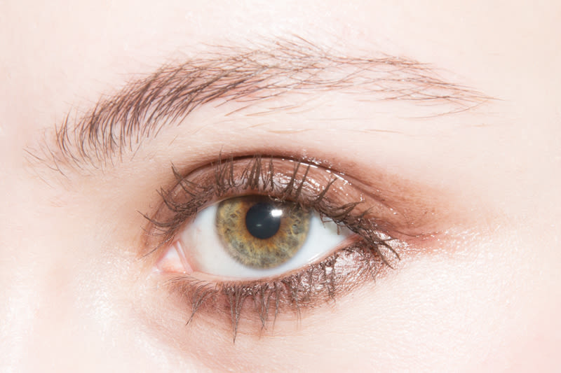 The Best Makeup Looks For Green Eyes With Artist Into The Gloss