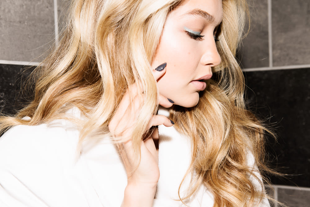 Gigi Hadid Goes Out Into The Gloss Into The Gloss