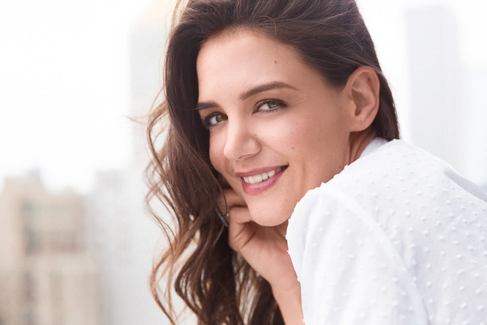 Katie Holmes Beauty Into The Gloss Into The Gloss