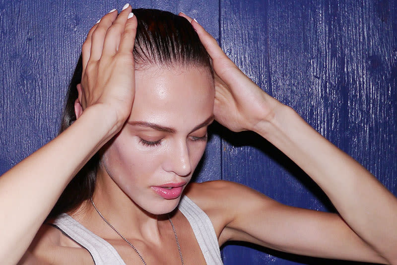 Experts Warn Not To Put Your Hair In A Ponytail If You\'re Going To Sweat