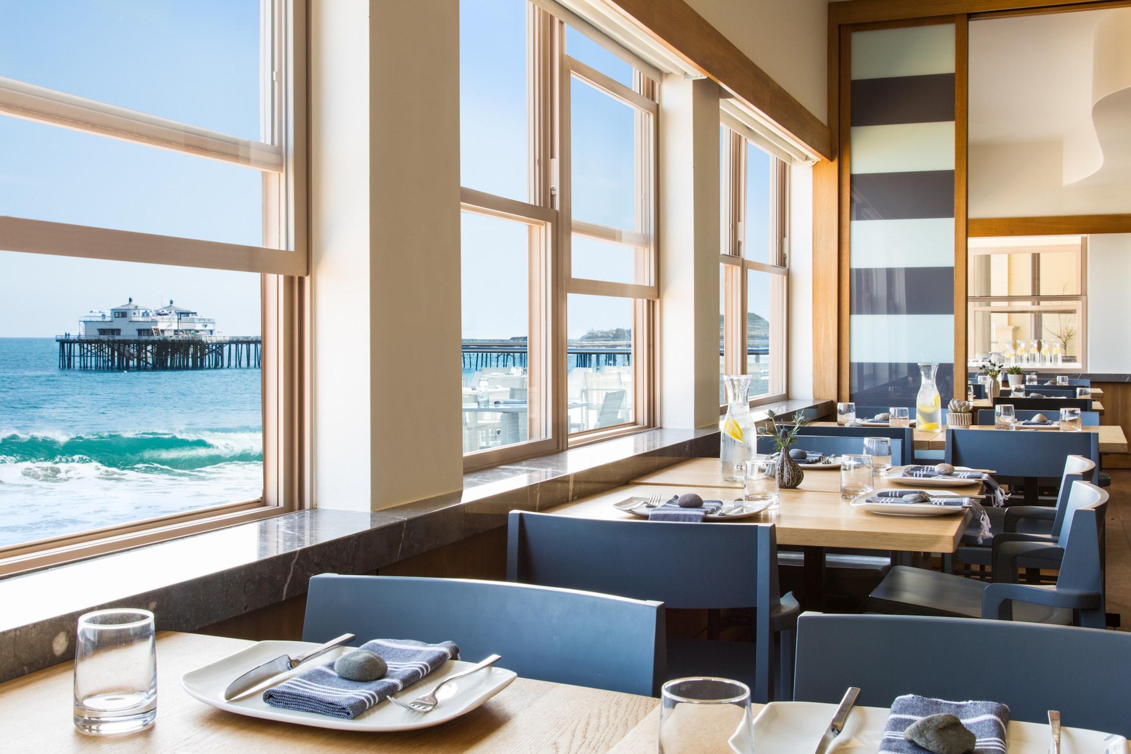 Carbon Beach Club Restaurant Seating