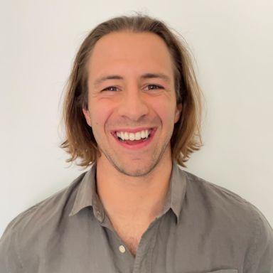 Profile photo of Alex Guyer