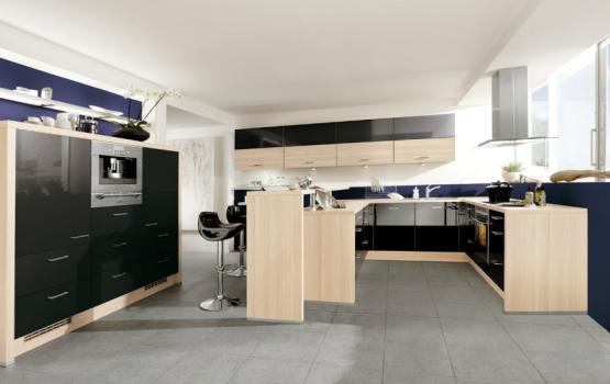 SCHWARZE KÜCHEN: Schwarze Küche vergleichen + Schwarze Küche planen ...