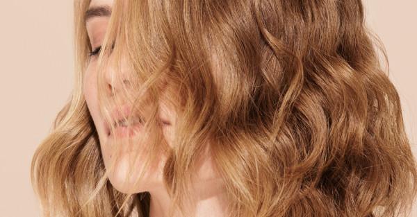 Soins des cheveux de EIMI
