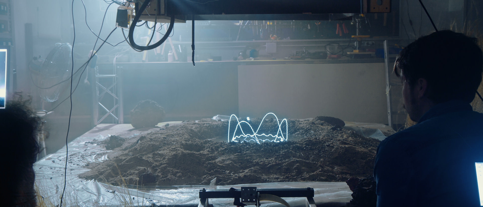 Video: Floating Points — Silhouettes