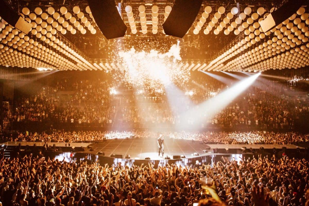 Designing Drake's 'Boy Meets World' Tour-8
