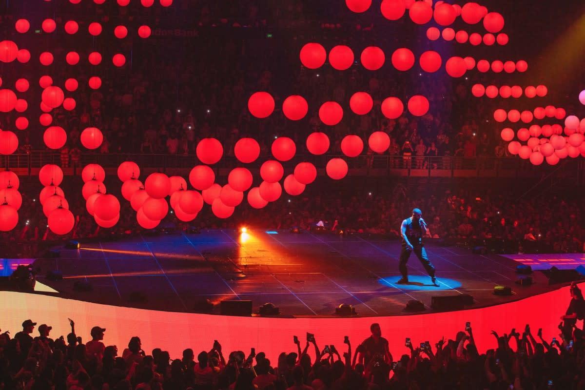 Designing Drake's 'Boy Meets World' Tour-4